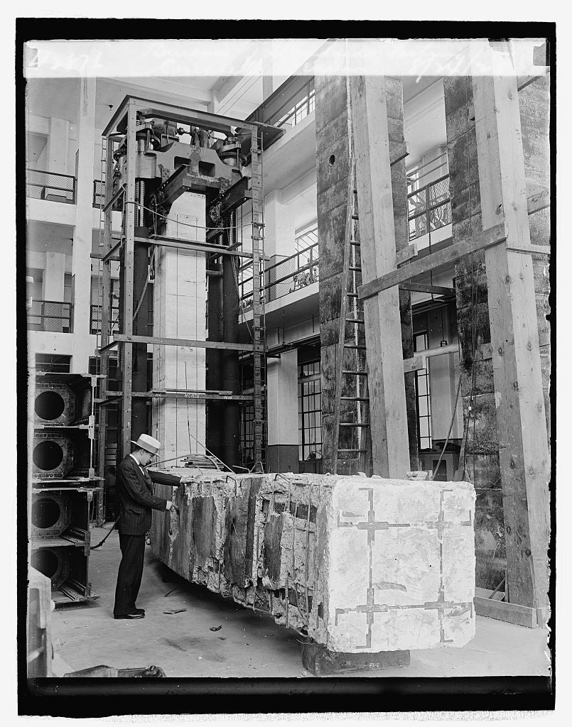 16 x 20 Reprinted Old Photo ofBureau of Standards, testing concrete beams, 8/24/29 1929 National Photo Co  12a