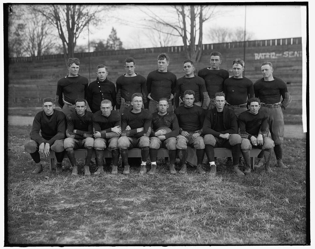 8 x 10 Reprinted Old Photo of Virginia P.I. Varsity Football Team 1905-45 Harris & Ewing 59a