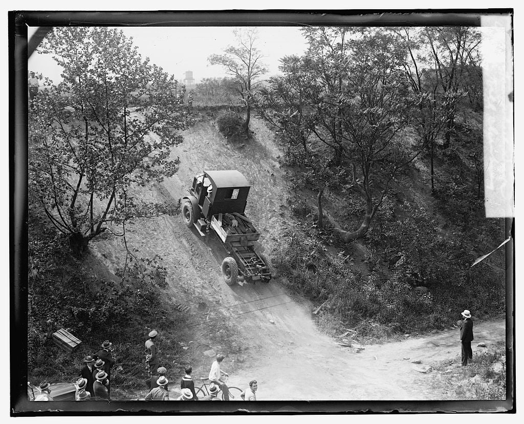 16 x 20 Reprinted Old Photo ofFour wheel drive hill climbing 1921 National Photo Co  56a