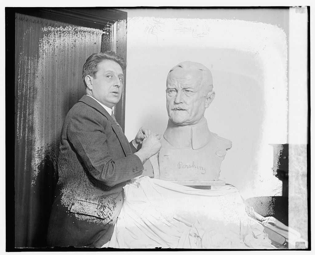 16 x 20 Reprinted Old Photo ofEdgardo Simone & Bust of Gen'l Pershing 1921 National Photo Co  15a