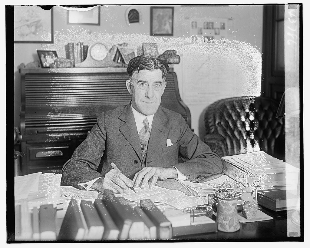 16 x 20 Gallery Wrapped Frame Art Canvas Print of Unidentified man seated at desk 1921 National Photo Co  80a