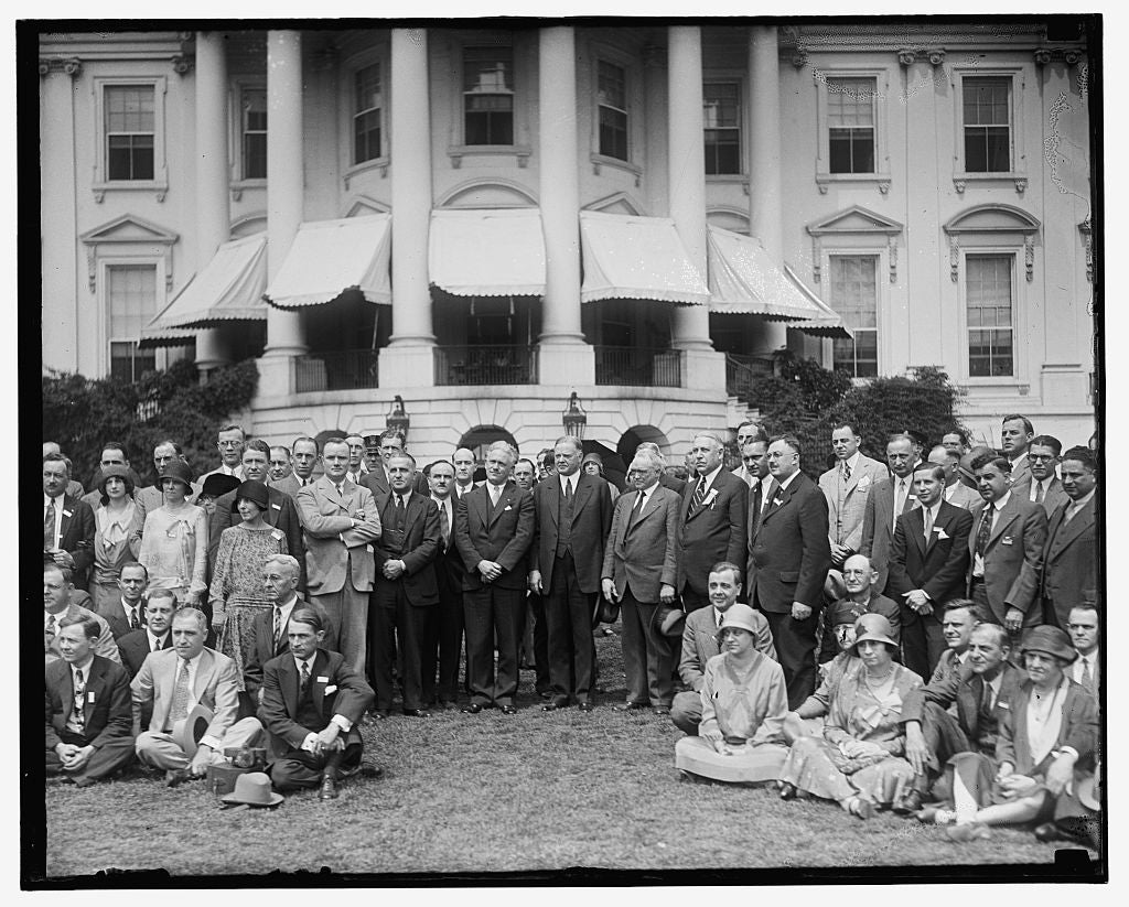 16 x 20 Reprinted Old Photo of [Group outside White House] 1909 National Photo Co  12a