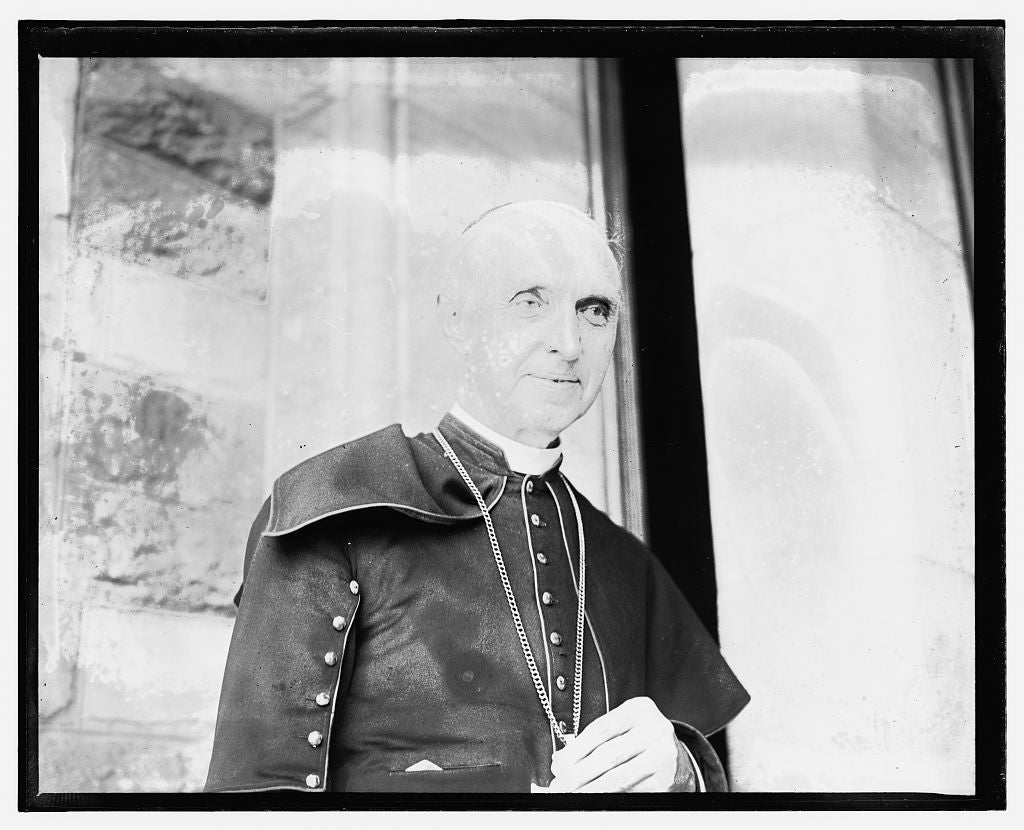 16 x 20 Gallery Wrapped Frame Art Canvas Print of  Cardinal Mercier at Catholic Univ., Conference of Bishops 1909 National Photo Co  05a