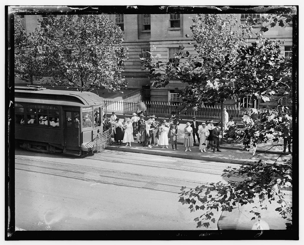 16 x 20 Gallery Wrapped Frame Art Canvas Print of  Street car, Wash. D.C. 1909 National Photo Co  57a