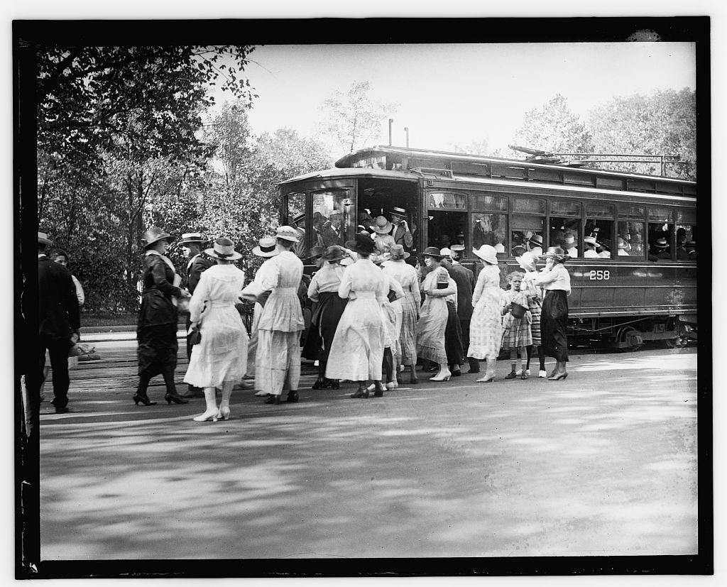 16 x 20 Reprinted Old Photo of Street car, Wash. D.C. 1909 National Photo Co  32a