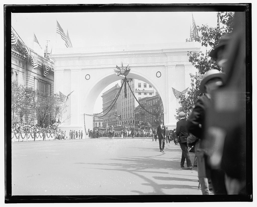 16 x 20 Gallery Wrapped Frame Art Canvas Print of  Pershing parade, Wash. D.C. 1909 National Photo Co  61a