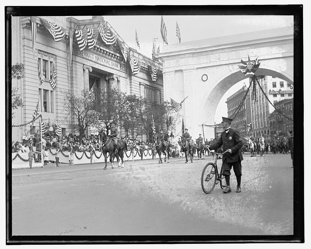 16 x 20 Gallery Wrapped Frame Art Canvas Print of  Pershing parade 1909 National Photo Co  11a