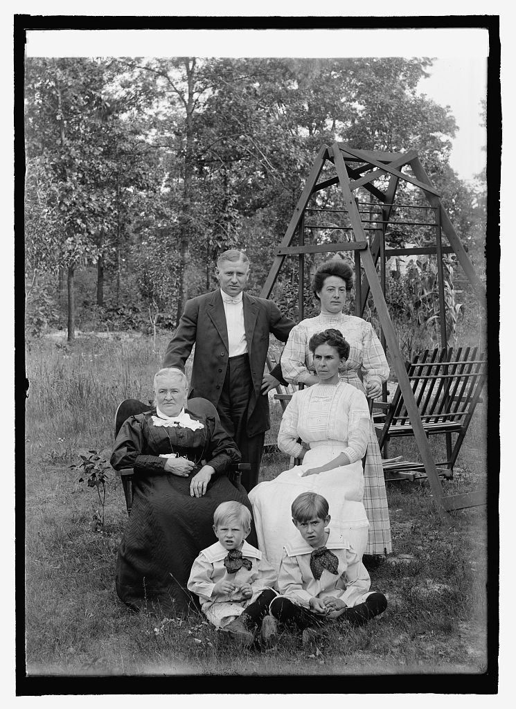 16 x 20 Reprinted Old Photo ofDeGrout family group 1916 National Photo Co  05a