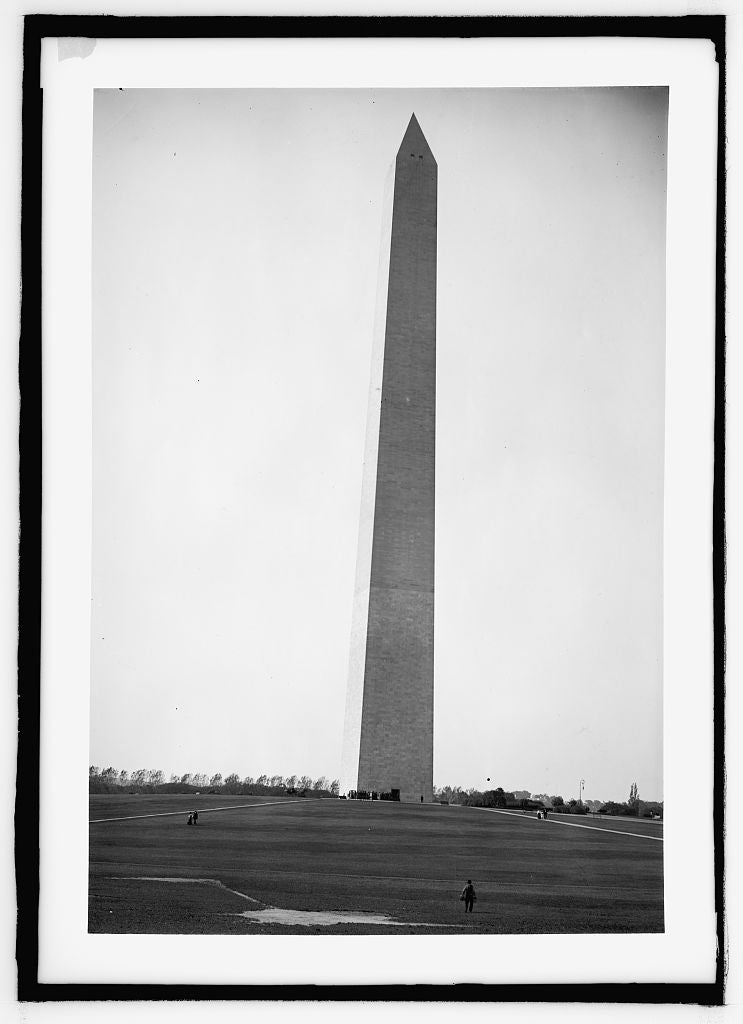 8 x 10 Reprinted Old Photo of  Monument 1909 National Photo Co  32a