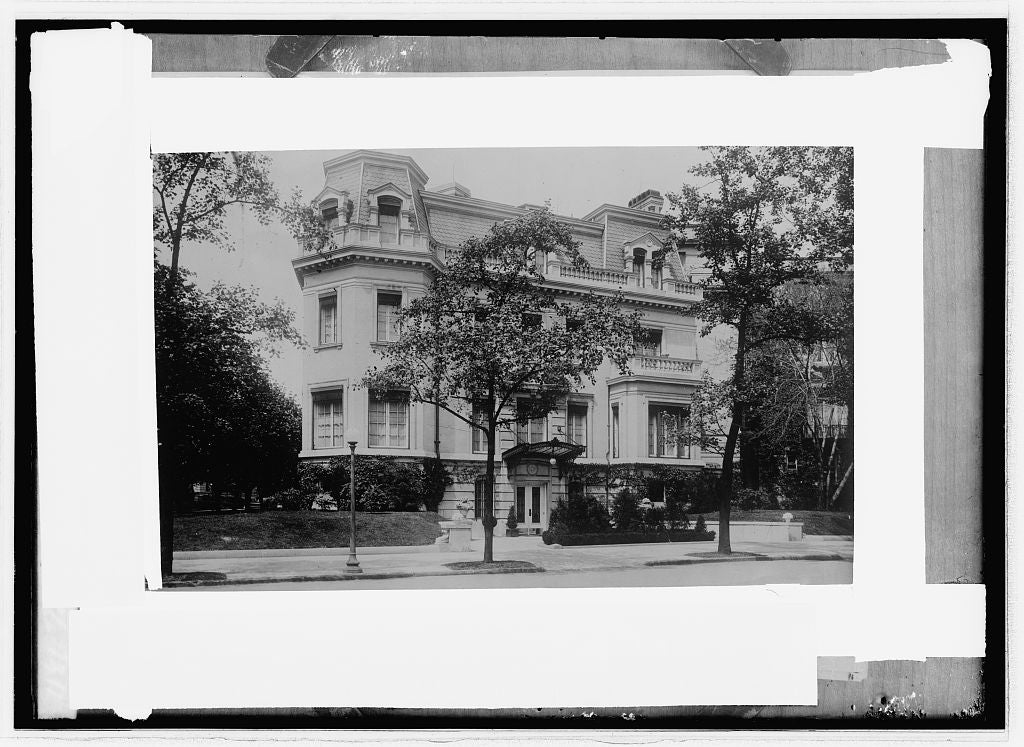 16 x 20 Reprinted Old Photo ofMrs. Chas. Baughton Wood residence 1914 National Photo Co  01a