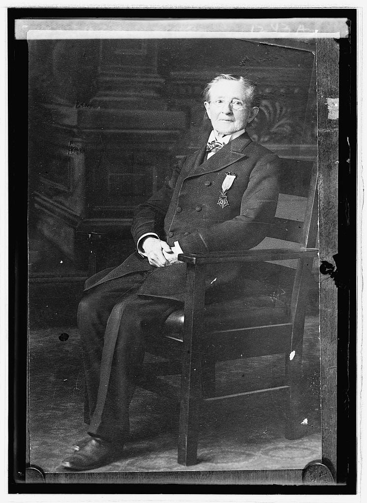 16 x 20 Reprinted Old Photo ofDr. Neary Wallace 1914 National Photo Co  28a