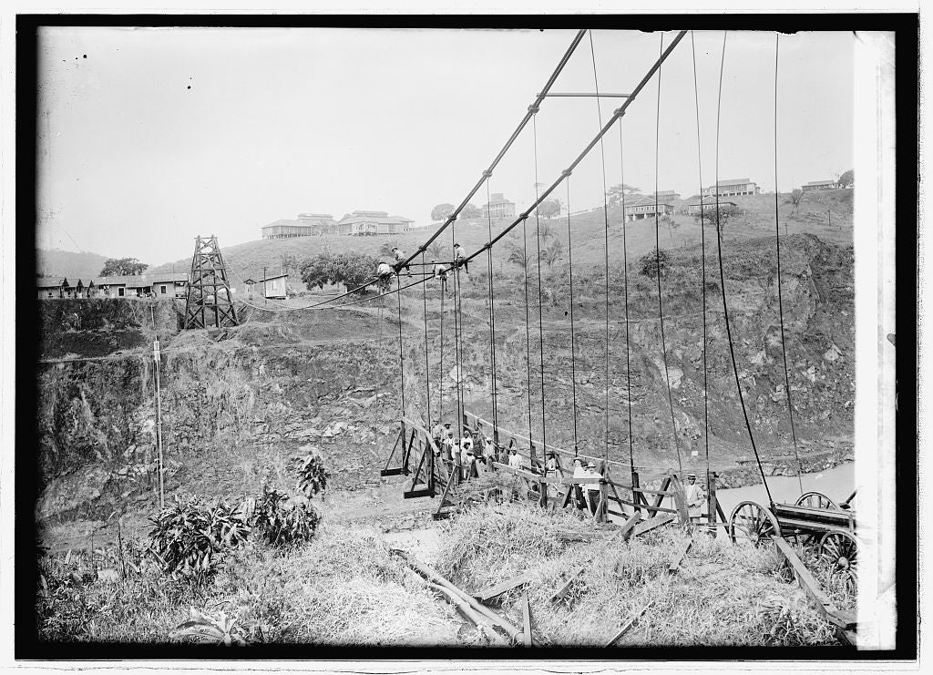 8 x 10 Reprinted Old Photo of Panama Canal. Dismantling Empire suspension bridge 1914 National Photo Co  93a