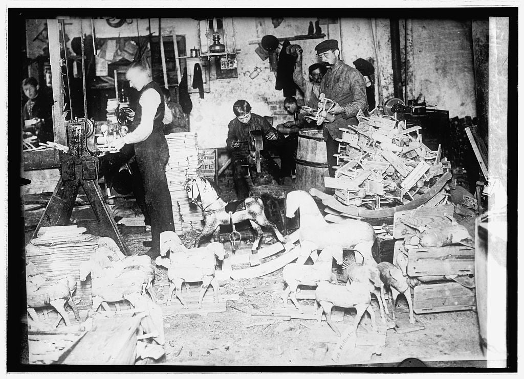 16 x 20 Reprinted Old Photo ofToy Makers 1914 National Photo Co  00a