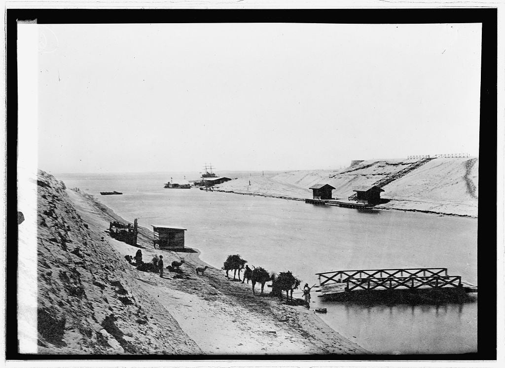 16 x 20 Reprinted Old Photo of: Suez Canal and Lake Timsah 1914 National Photo Co  13a