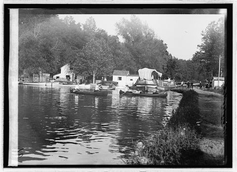 16 x 20 Gallery Wrapped Frame Art Canvas Print of  Along the C&O Canal 1914 National Photo Co  92a