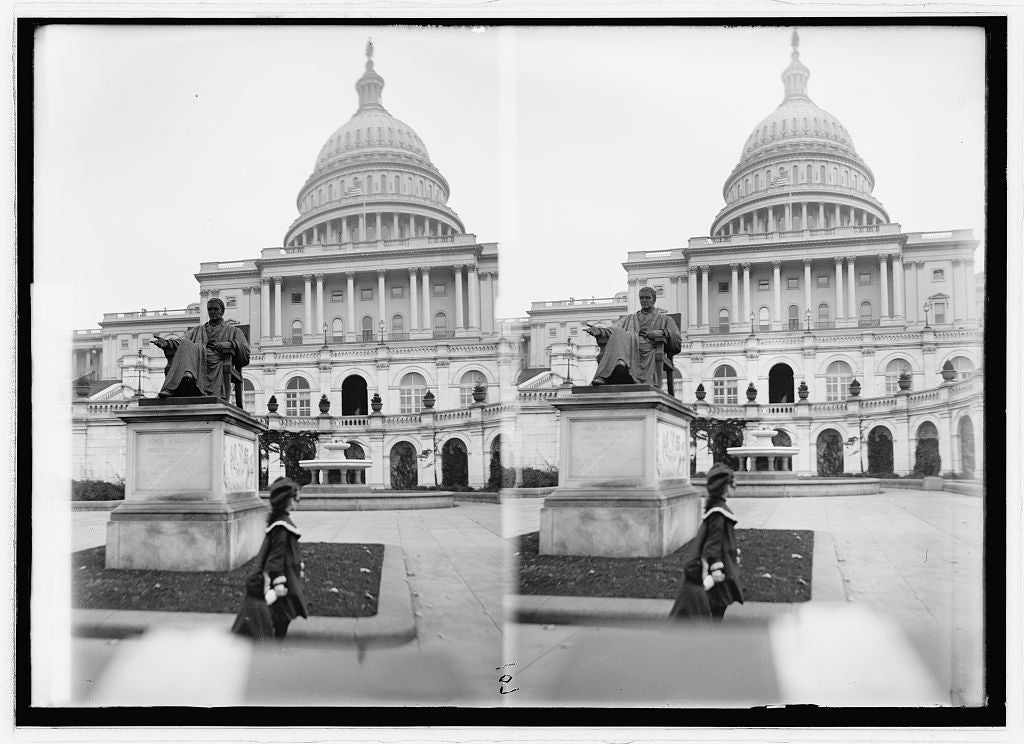8 x 10 Reprinted Old Photo of Capitol & John Marshall statue 1914 National Photo Co  24a