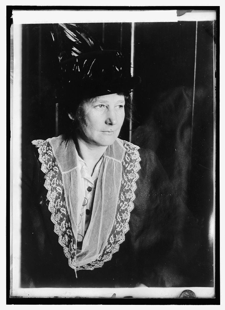 8 x 10 Reprinted Old Photo of Dr. Martha Annette Hodge 1914 National Photo Co  31a