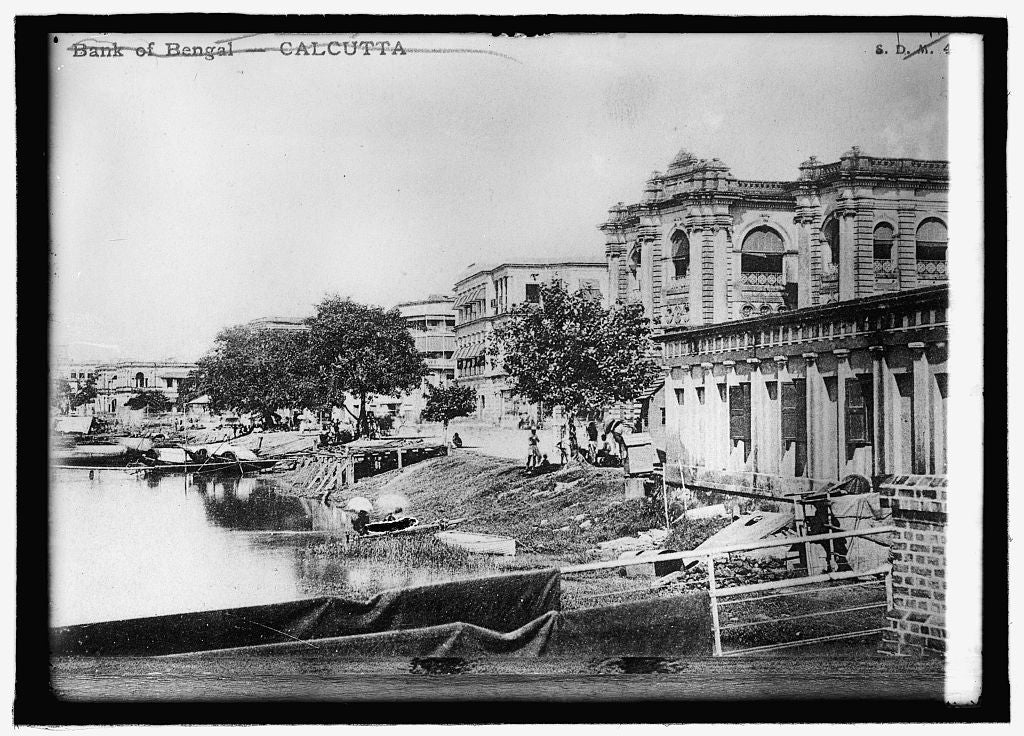 16 x 20 Reprinted Old Photo ofBank of Bengal on the Hoogly River, Calcutta 1914 National Photo Co  18a