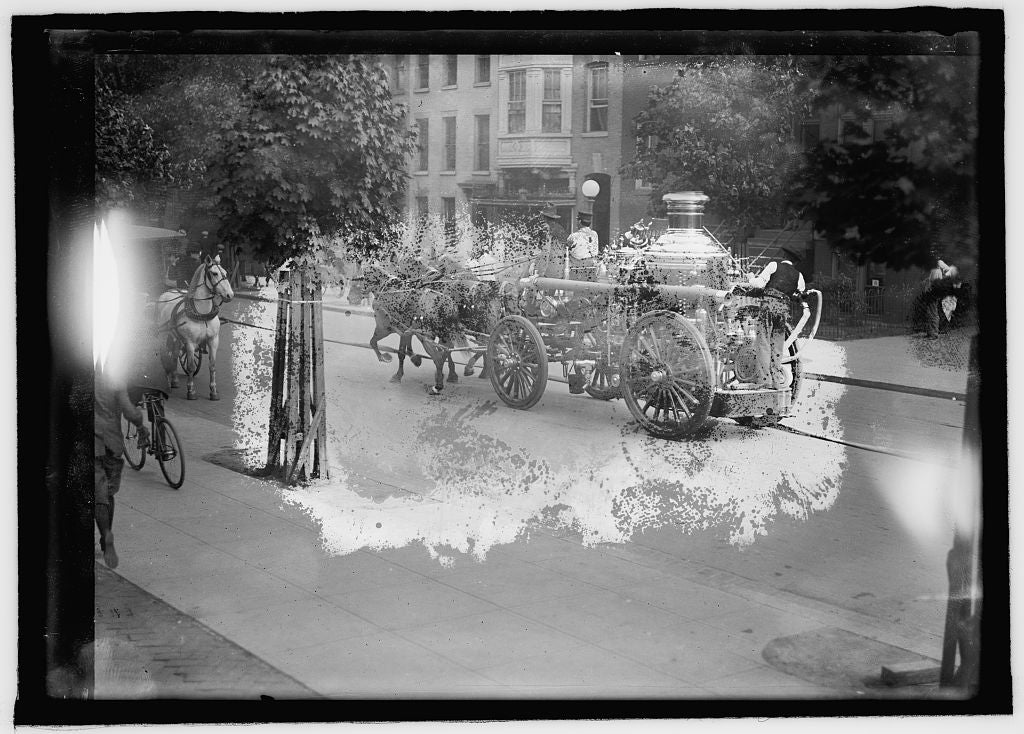 16 x 20 Reprinted Old Photo ofFire engine 1914 National Photo Co  02a