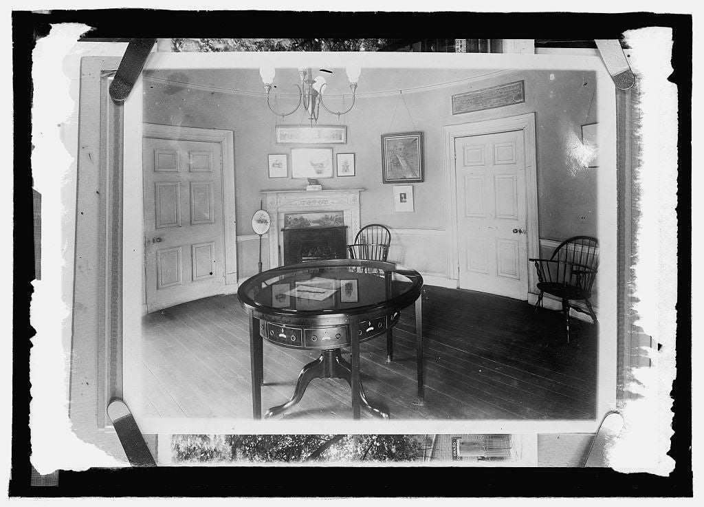 16 x 20 Reprinted Old Photo ofRound Room, Octagon House 1914 National Photo Co  47a