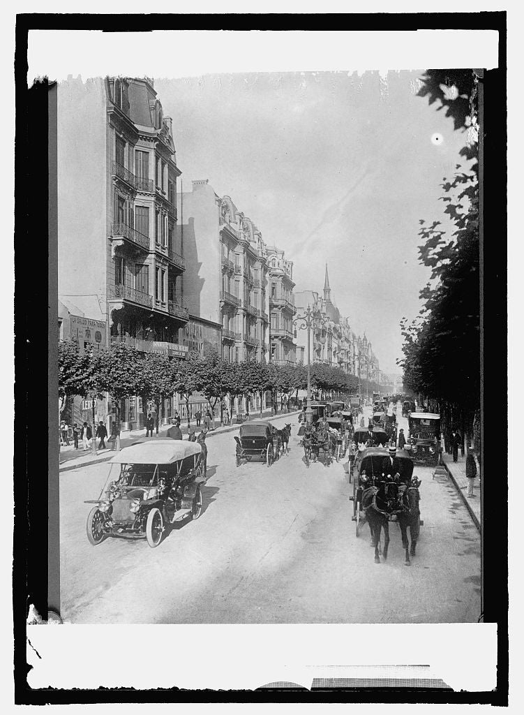 16 x 20 Reprinted Old Photo ofAvenida de Mayo, Buenos Aires 1914 National Photo Co  44a