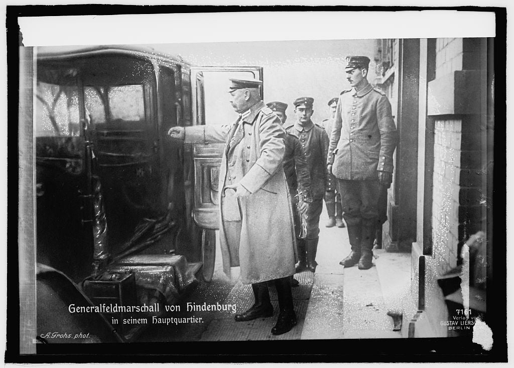 16 x 20 Reprinted Old Photo ofGen'l Field Marshal Von Hendenberg 1914 National Photo Co  50a