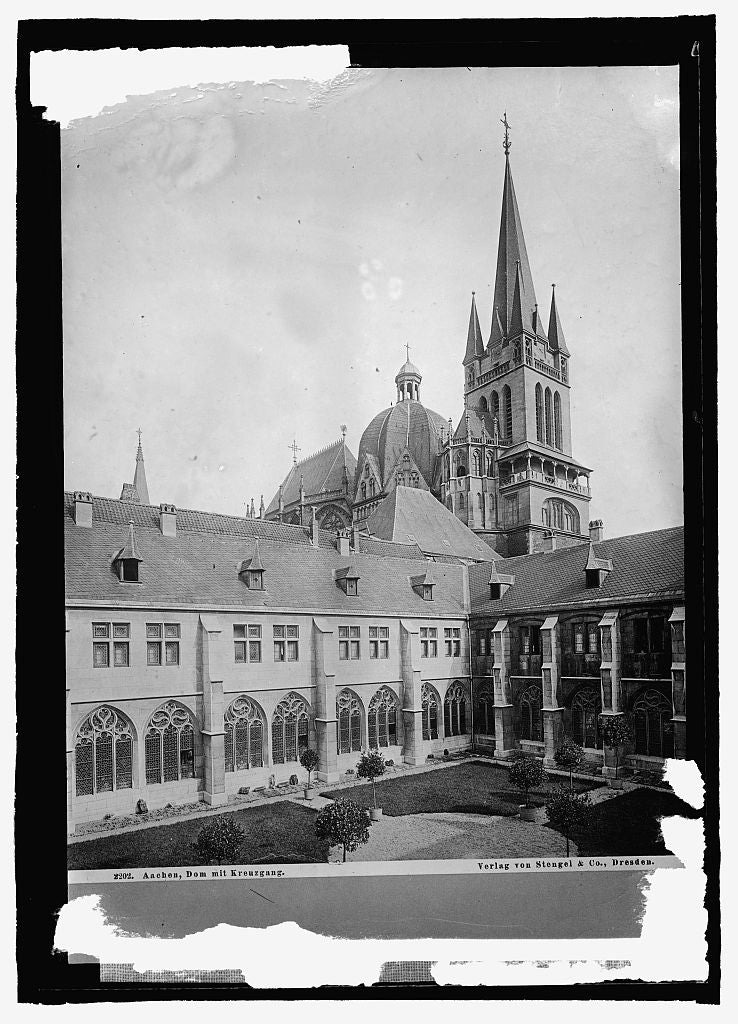 16 x 20 Reprinted Old Photo ofGermany, Aachen. [...] la Chapel Cathedral with Cloister 1915 National Photo Co  56a