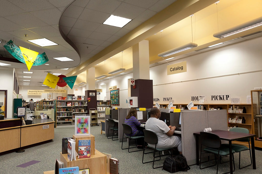 18 x 24 Photograph reprinted on fine art canvas  of Kingstowne Library Alexandria Virginia r86 2011 September by Highsmith, Carol M.,