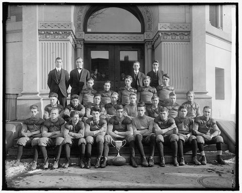 8 x 10 Reprinted Old Photo of Technical High School. Football Team 1905-45 Harris & Ewing 47a