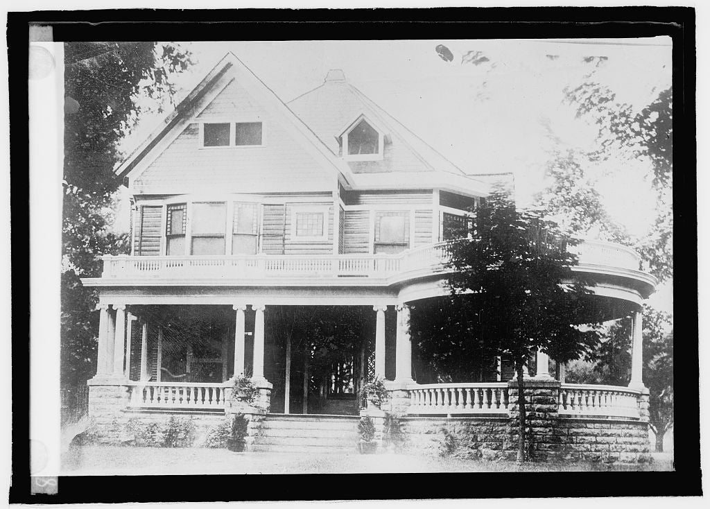 16 x 20 Reprinted Old Photo ofHarding home, Marion, Ohio 1920 National Photo Co  41a
