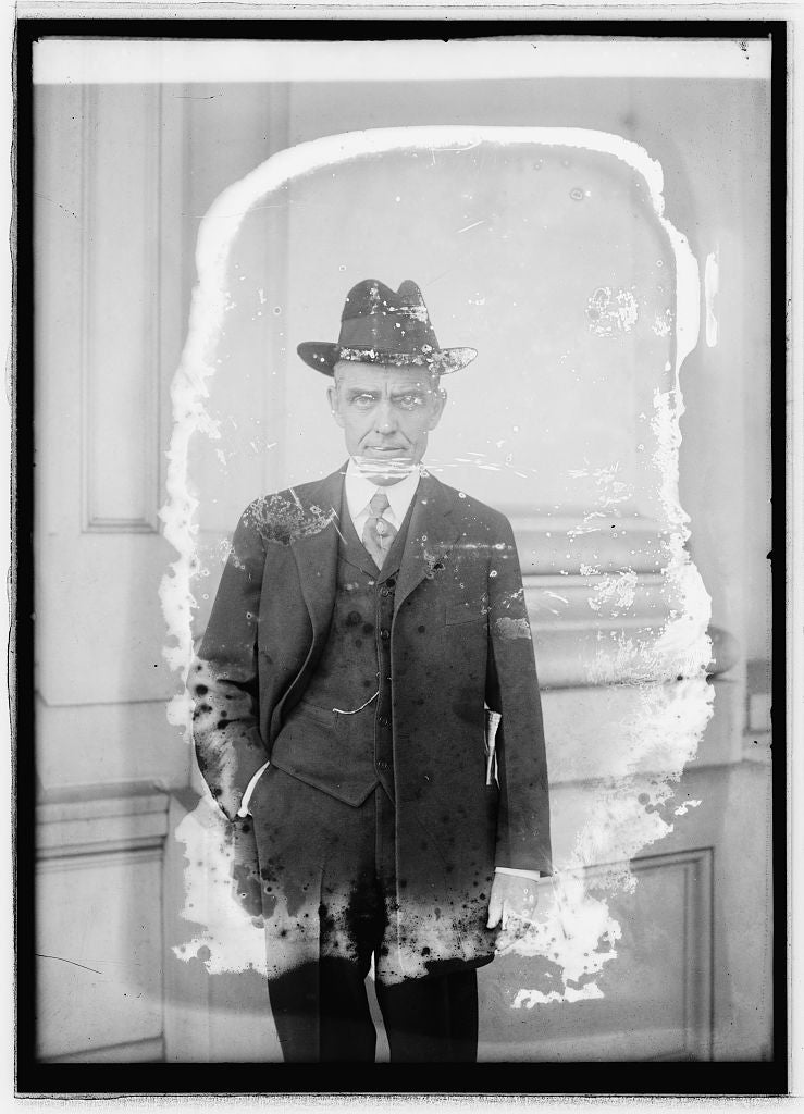 8 x 10 Reprinted Old Photo of Arthur Capper, Kansas 1922 National Photo Co  36a