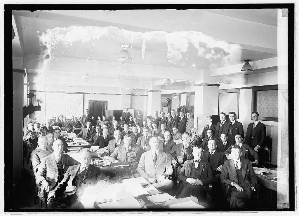 16 x 20 Reprinted Old Photo of Dist. Managers, Veteran's Bureau, 10/21/21 1921 National Photo Co  99a