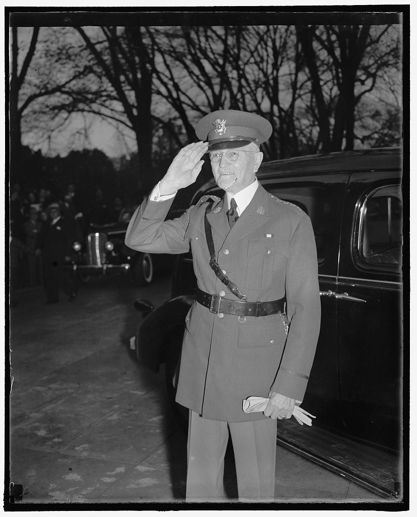 8 x 10 Reprinted Old Photo of General John J. Pershing, At The White House, Armistice Day 1937 Harris & Ewing 72a