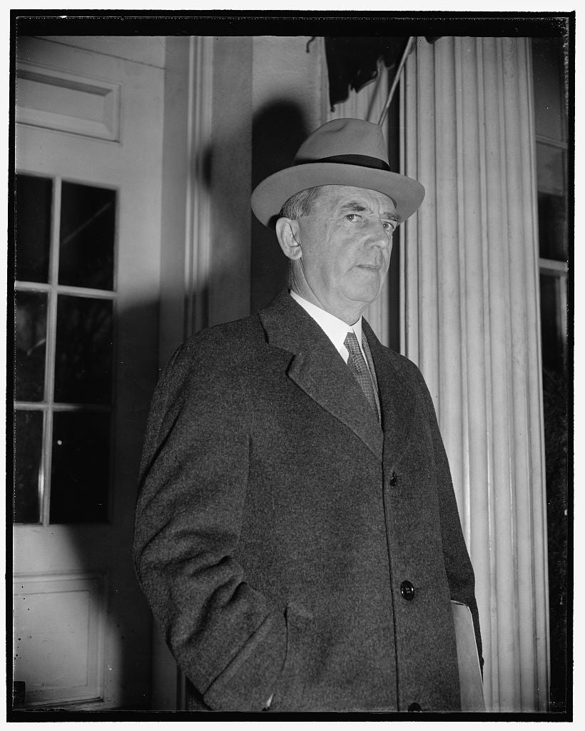 8 x 10 Reprinted Old Photo of Naval Operations Chief. Washington, D.C., Nov. 15. Rear Admiral William D. Leahy, Chief Of Naval Operations, Pictured As He Left The White House T 1938 Harris & Ewing 89a