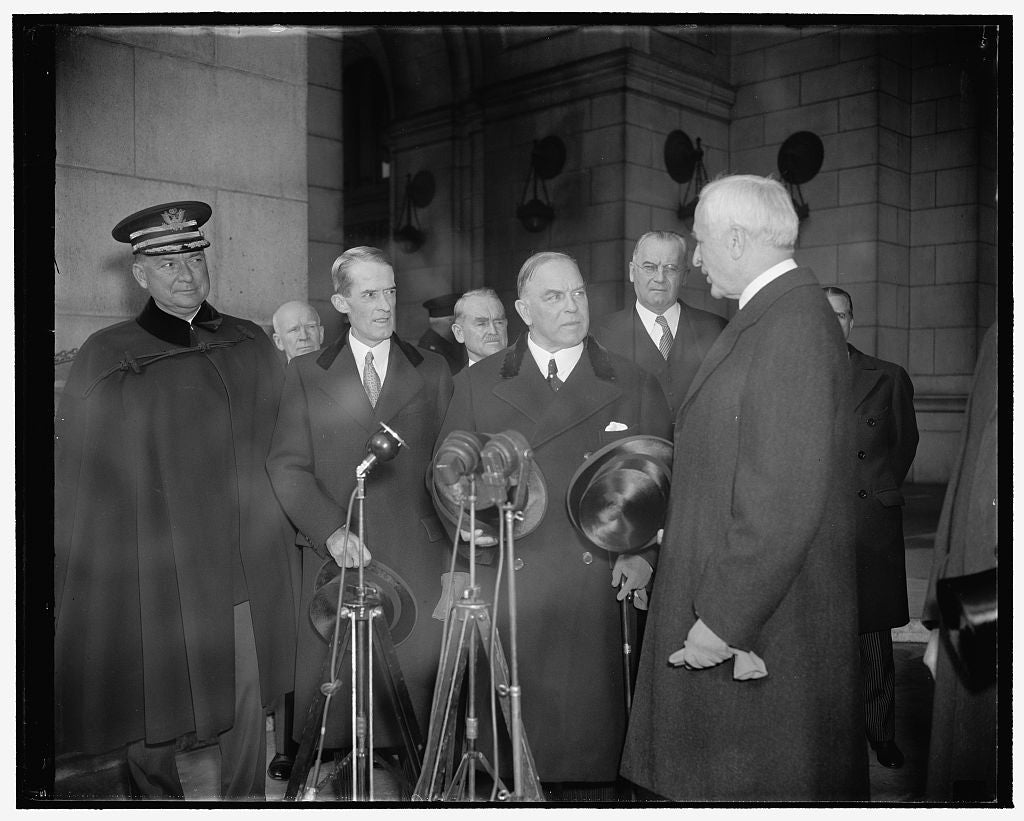 8 x 10 Reprinted Old Photo of Canadian Prime Minister Arrives For Signing Of Canadian-American Treaty. Washington, D.C., Nov. 17. Secretary Of State Cordell Hull Greeted Macken 1938 Harris & Ewing 05a