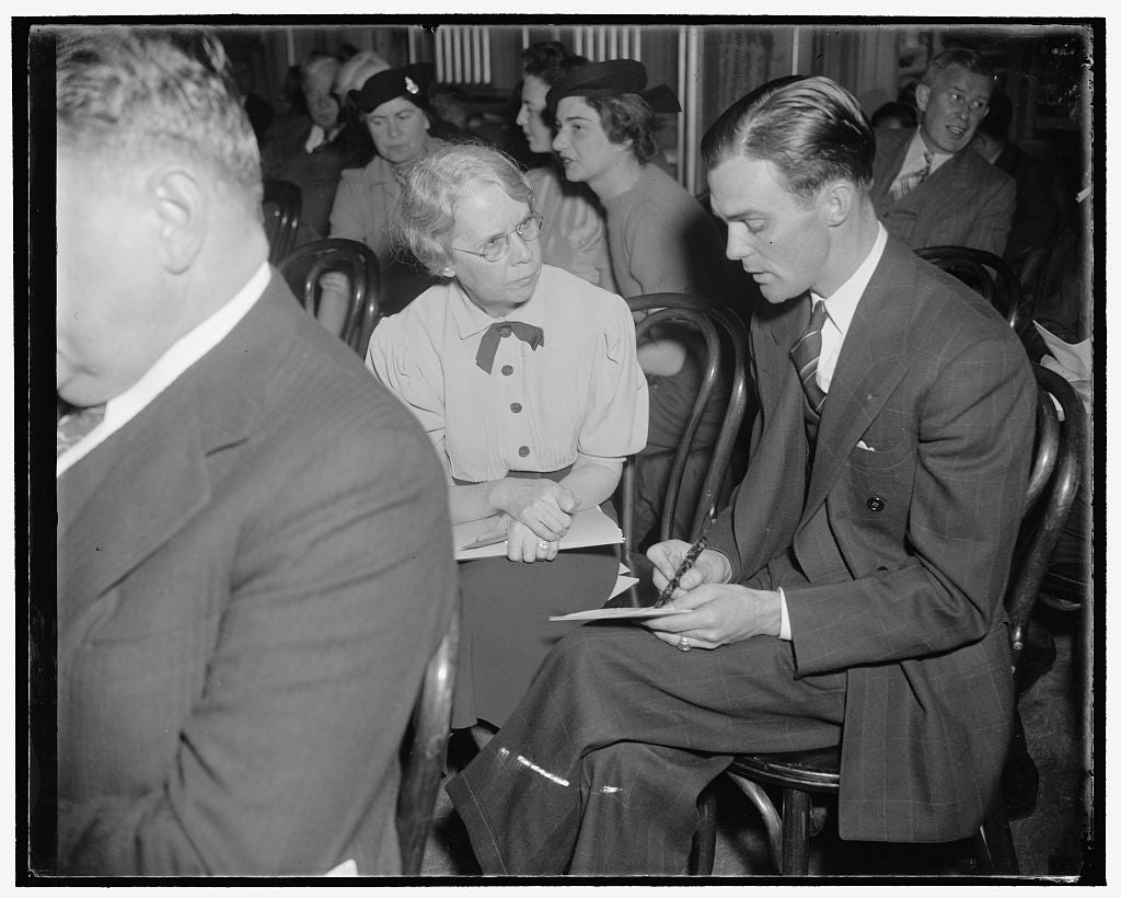 8 x 10 Reprinted Old Photo of Louise Stitt, Director Of Minimum Wage, Women's' Bureau, Department Of Labor, In Discussion With Clay A. Copeland, Supervisor, Minimum Wage Law Fo 1939 Harris & Ewing 16a