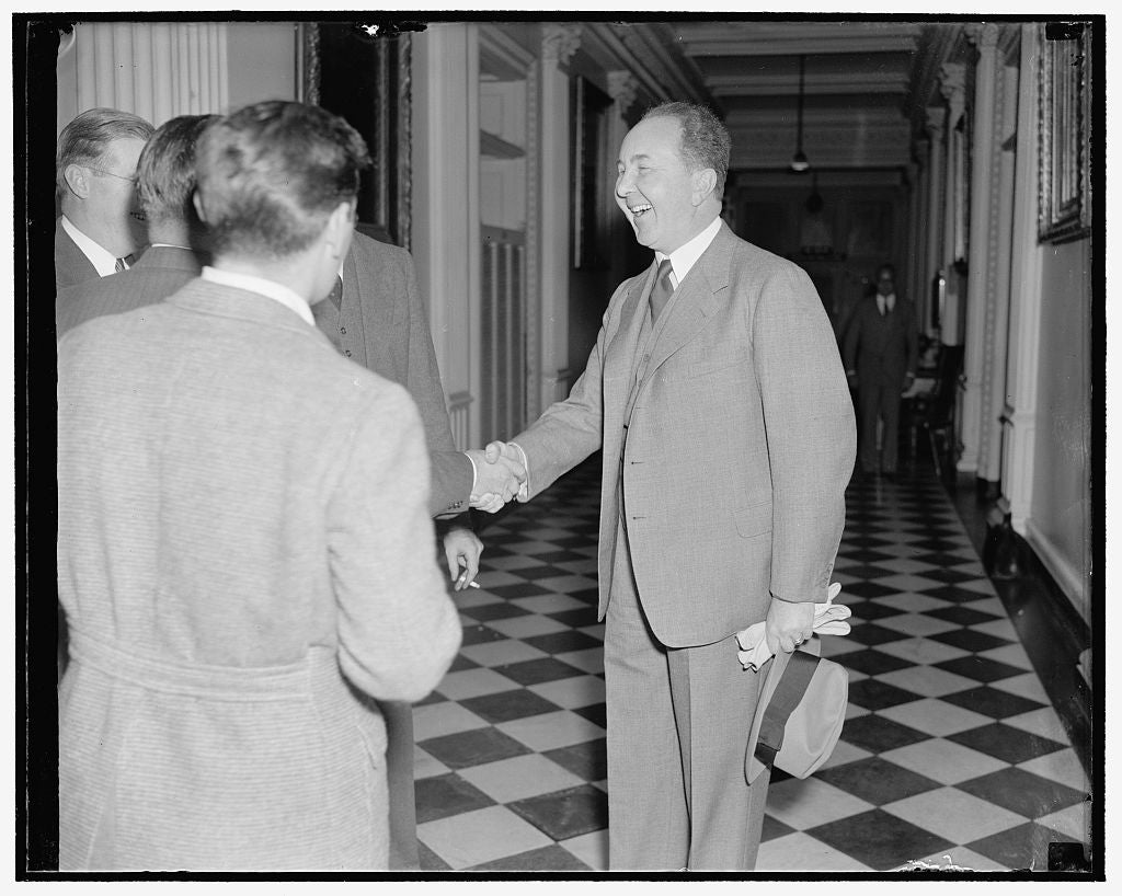 8 x 10 Reprinted Old Photo of German Ambassador Bades Goodbye To Newsmen. Washington, D.C., Nov. 22. Leaving The State Department Today After Paying A Farewell Call On Secretar 1938 Harris & Ewing 42a