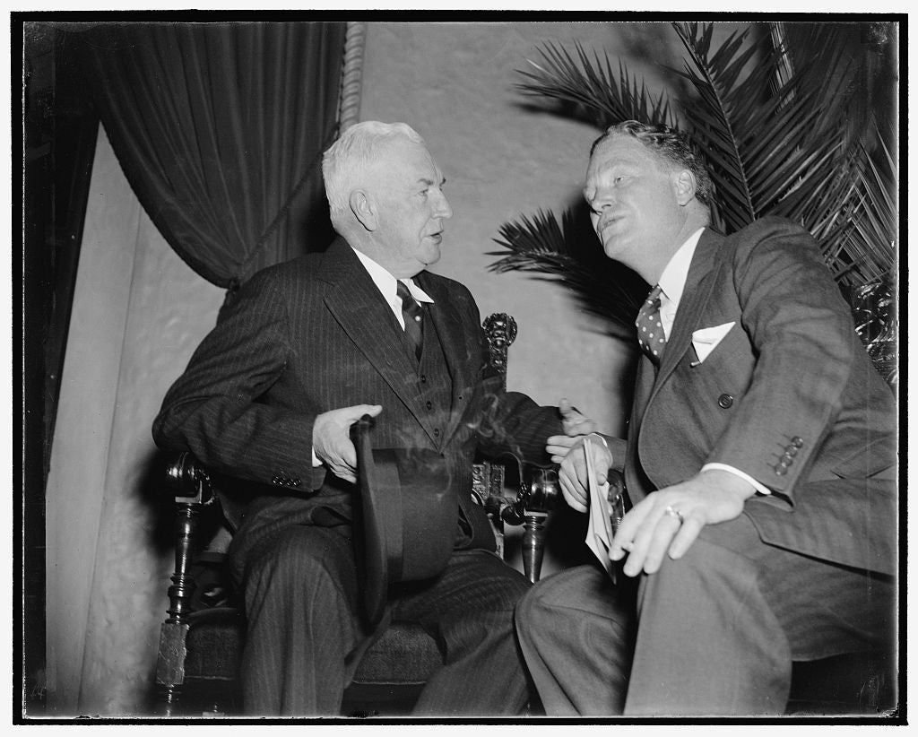 8 x 10 Reprinted Old Photo of Maybe It's The $700,000. Washington, D.C., Nov. 29. Maybe It's The $700,000 Deficit Left Over From The Last Presidential Campaign They Are Discuss 1938 Harris & Ewing 62a