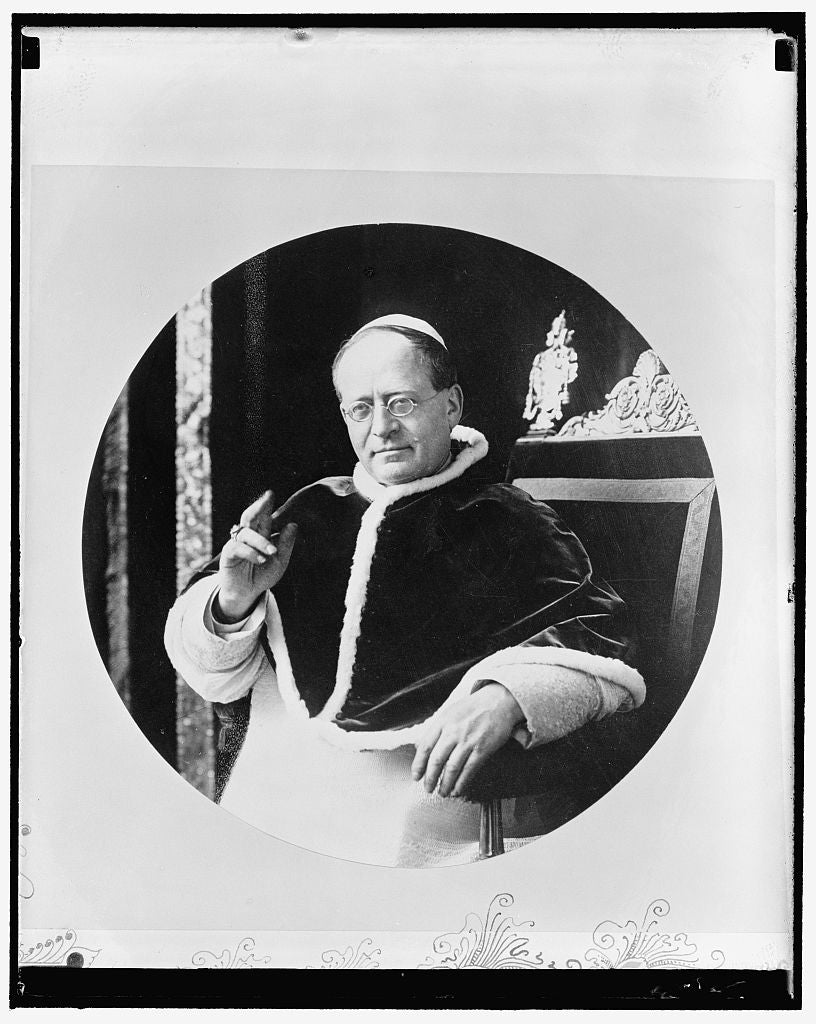 8 x 10 Reprinted Old Photo of Pope Pius Xi 1939 Harris & Ewing 80a