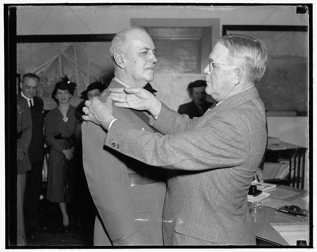8 x 10 Reprinted Old Photo of Gets Star Of Brigadier General. Washington, D.C., Dec. 1. Col. Maxwell Murray, Left, Appointed Commandant Of The Washington Provisional Brigade Wi 1938 Harris & Ewing 83a