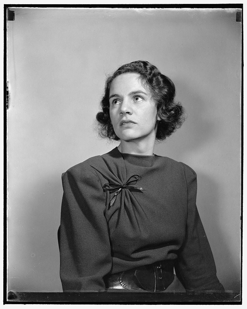 8 x 10 Reprinted Old Photo of Mrs. James R. Arniell, Jr. 1939 Harris & Ewing 06a