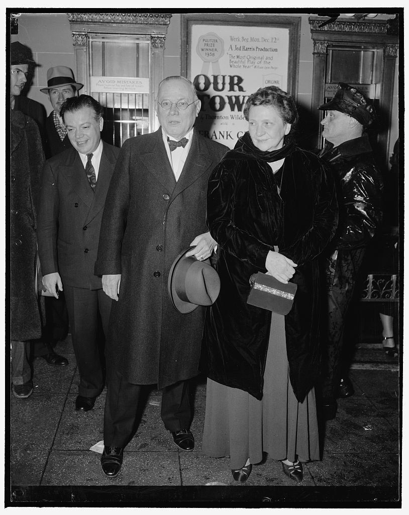 8 x 10 Reprinted Old Photo of Attend 'Pins And Needles' Performance. Washington, D.C., Dec. 6. Secretary Of Labor Frances Perkins, And A.F. Of L. President William Green As The 1938 Harris & Ewing 26a