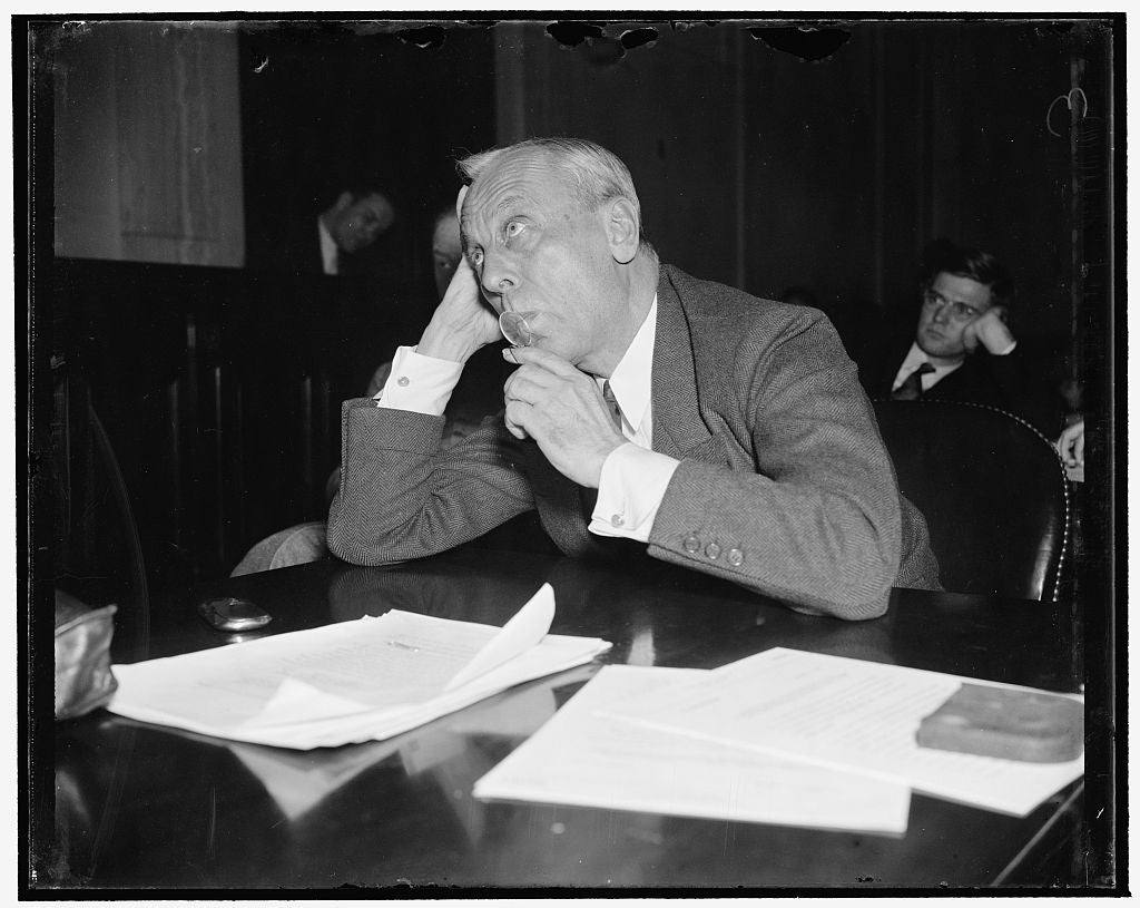 8 x 10 Reprinted Old Photo of Reduce Taxes On Business, Gmc Executive Tells Senate Committee. Washington, D.C., Dec. 9. Alfred P. Sloan, Jr., Chairman Of The General Motors Cor 1938 Harris & Ewing 53a