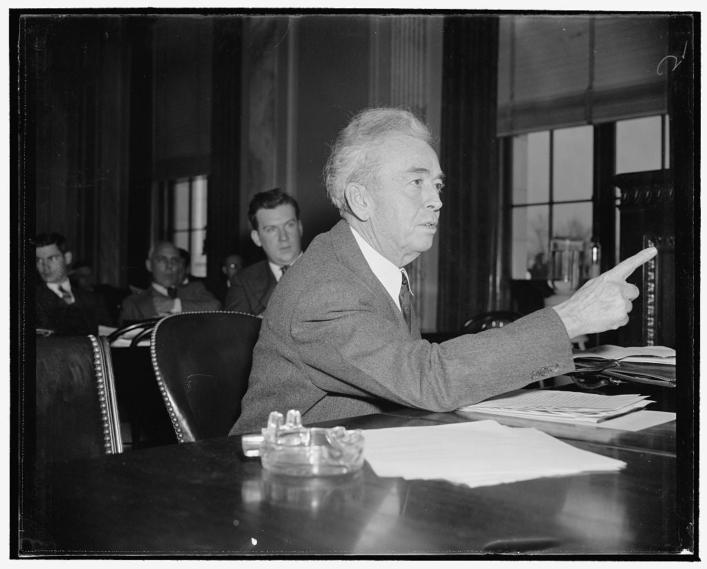8 x 10 Reprinted Old Photo of $556,000,000 Saved To Consumers Of Electricity Through Tva, Tva Committee Told. Washington, D.C., Dec. 10. Rep. John Rankin, Of Mississippi, Told  1938 Harris & Ewing 60a