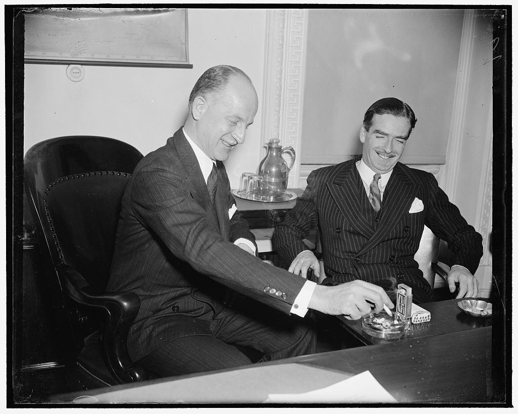 8 x 10 Reprinted Old Photo of Eden Calls On Acting Secretary Of State. Washington, D.C., Dec. 13. Anthony Eden, Former British Foreign Secretary, Was In Rare Humor As He Called 1938 Harris & Ewing 69a