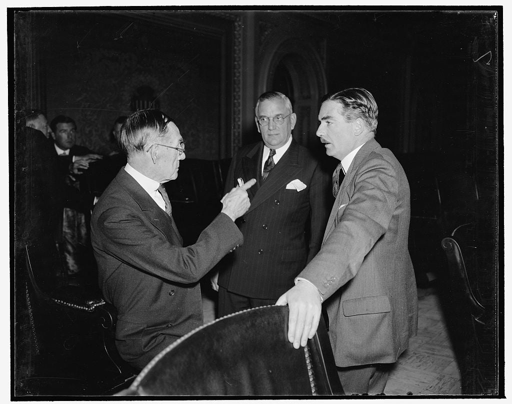 8 x 10 Reprinted Old Photo of British Statesman Tours Capitol. Washington, D.C., Dec. 14. Anthony Eden, Col. Ed Halsy, Secretary To The Senate And Joseph J. Sinnott, Doorkeeper 1938 Harris & Ewing 76a