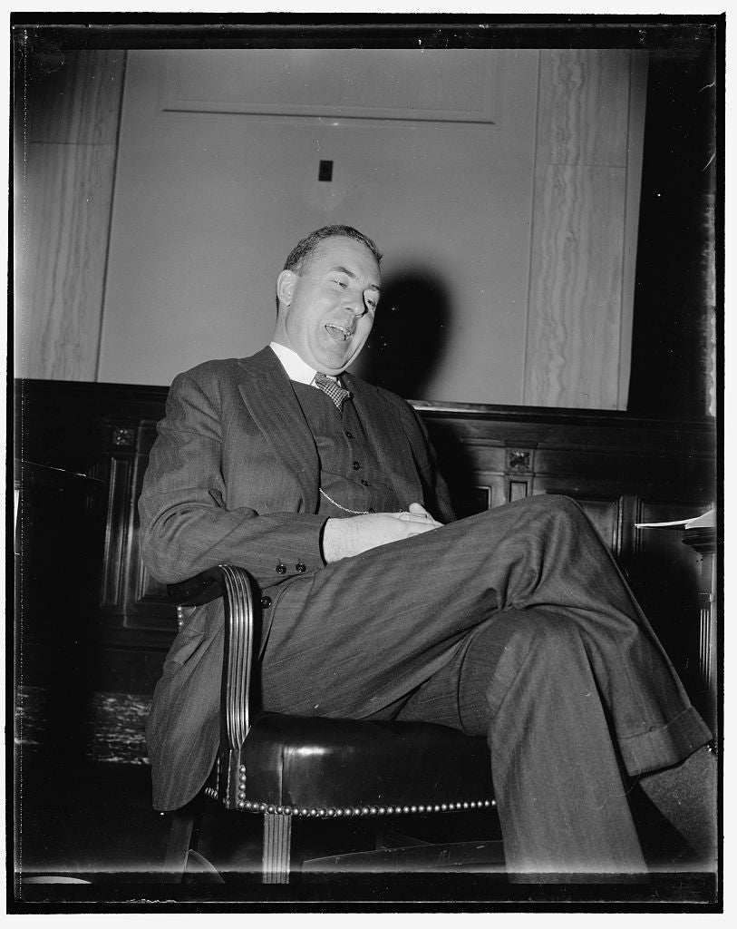 8 x 10 Reprinted Old Photo of Final Witness Before Profit Sharing Committee. Washington, D.C., Dec. 14. George P. Mcnear, Jr., President Of The Toledo, Peoria And Western Railr 1938 Harris & Ewing 77a