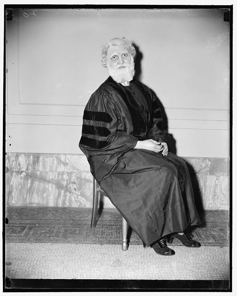 8 x 10 Reprinted Old Photo of Chief Justice As Portrayed By 'Gridiron Widow'. Washington, D.C., Dec. 17. Lilli L. Sheppard Portrayed Chief Justice Hughes In A Skit Satirizing T 1938 Harris & Ewing 87a