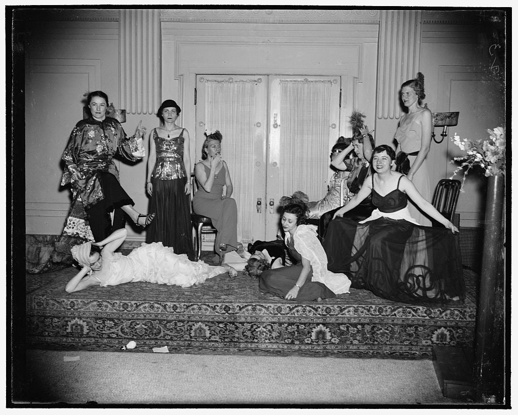 "8 x 10 Reprinted Old Photo of ""Gridiron Women"" Hold Frolic While Men Fete President At Press Club. Washington, D.C., Dec. 16. While The Gridiron Club Of Washington Is Holding I 1938 Harris & Ewing 91a"