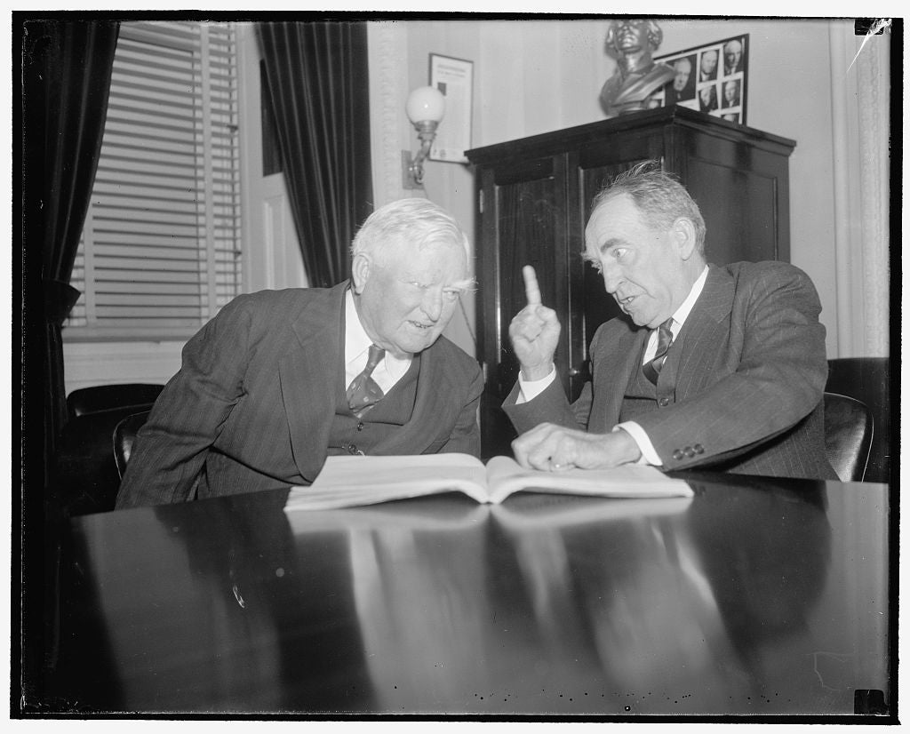 8 x 10 Reprinted Old Photo of Ready For The Gong. Washington, D.C., Dec. 23. A Conference Between Vice President Garner And Speaker Of The House Bankhead Today Set The Machiner 1938 Harris & Ewing 16a
